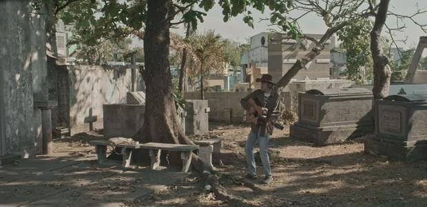 sic31-singing-in-graveyards-06